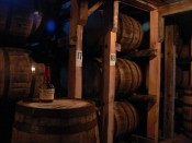 Nave de crianza del Bourbon Maker's Mark.