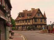 Hermoso pueblo de Normandia, Beuvron-en-Auge, Calvados