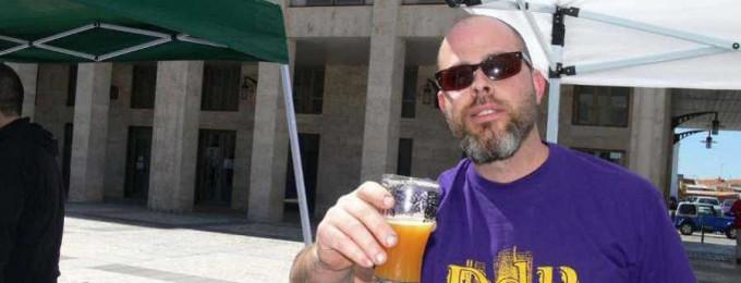 Ernesto Huete, de cervezas Yria, y director de la Feria de la Cerveza Artesana de Noblejas