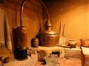 Destilacion artesanal del pisco, en el Museo del Pisco
